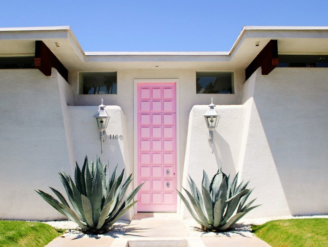 Stunning entry doors that will wow your guests!